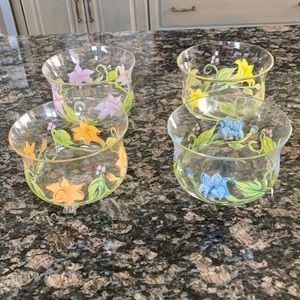 HAND PAINTED GLASS BOWLS SET OF 4 NWT